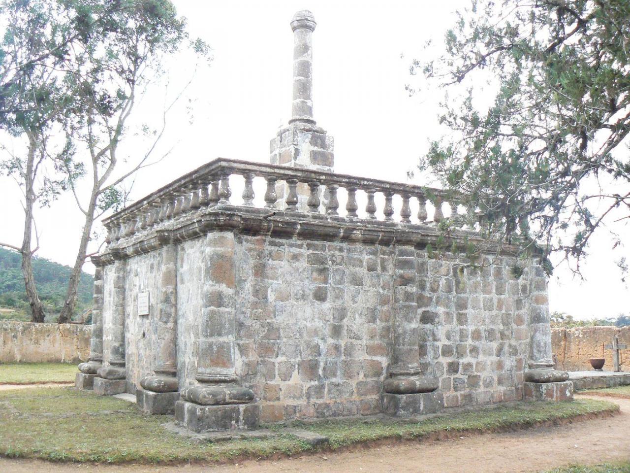 tombeau 1